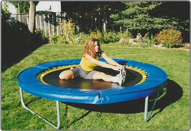 8-foot-trampoline_640x440