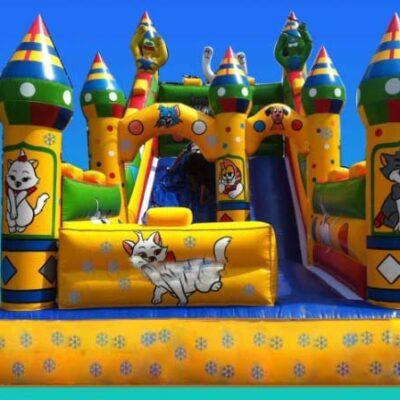 nhà hơi lâu đài Tom và Jerry